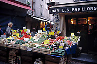 Frankreich, Paris: Markt in der Rue Mouffetard | France, Paris: Market at Rue Mouffetard