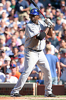 New York Mets outfielder Cliff Floyd #30 during a game against the Chicago Cubs at Wrigley Field on July 15, 2006 in Chicago, Illinois.  (Mike Janes/Four Seam Images)