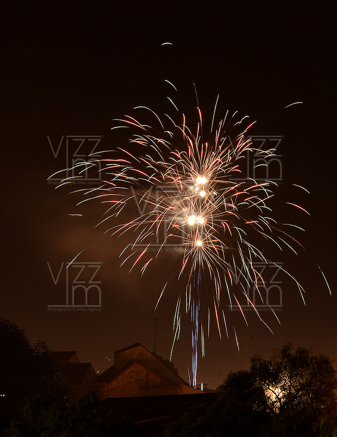 BOGOTÁ -COLOMBIA, 01-01-2017.  Fireworks to receives the new year 2017 have seen in Bogota celebrates the new year. Photo: VizzorImage/ Gabriel Aponte / Staff