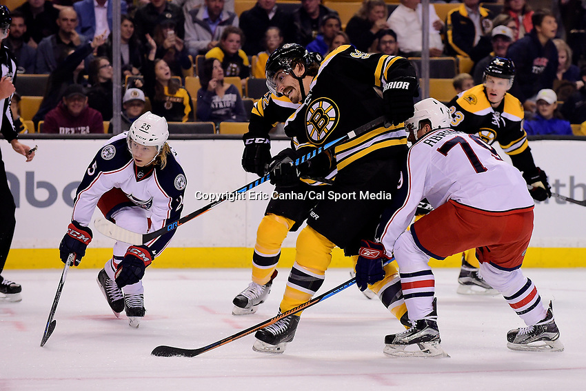Monday, September 26, 2016: Boston Bruins right wing Peter Mueller (93) shoots the puck during the NHL game between the Columbus Blue Jackets and the Boston Bruins held at TD Garden, in Boston, Massachusetts. Eric Canha/CSM