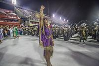 Rio de Janeiro (RJ), 23/02/2020 -Carnaval - Rio - Apresentacao da escolaEstacao Primeira de Mangueira no primeiro dia de desfile das escolas de samba do Grupo Especial do Rio de Janeiro neste domingo (23) na Marques de Sapucai. Rainha da bateria Evelyn Bastos. (Foto: Ellan Lustosa/Codigo 19/Codigo 19)