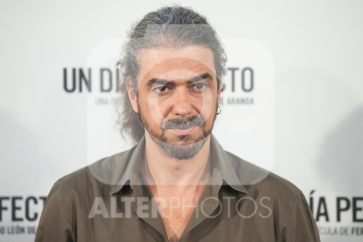 Spanish film director Fernando Leon de Aranoa poses during the `A Perfect Day´ (Un dis perfecto) film presentation in Madrid, Spain. August 25, 2015. (ALTERPHOTOS/Victor Blanco)