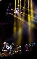 CIUDAD DE MEXICO, D.F. 12 de octubre.-  Kings Of Leon  en el segundo día del Corona Capital en el Autódromo Hermanos Rodríguez de la Ciudad de México, el el 12 de octubre de 2014.  FOTO: ALEJANDRO MELENDEZ