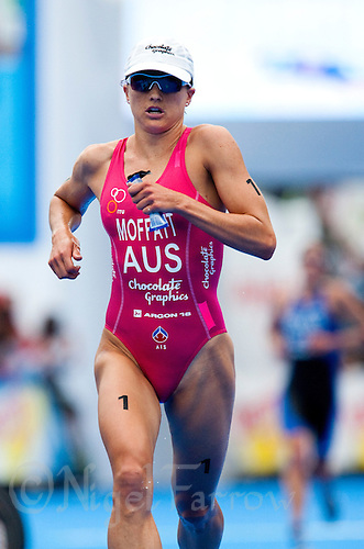 12 JUL 2009 - KITZBUHEL, AUT - Emma Moffatt - ITU World Championship Series Womens Triathlon.(PHOTO (C) NIGEL FARROW)