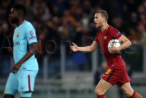 10th April 2018, Stadio Olimpico, Rome, Italy; UEFA Champions League football, quarter final, second leg; AS Roma versus FC Barcelona; Edin Dzeko of AS Roma celebrates after scoring his goal in the 6th minute