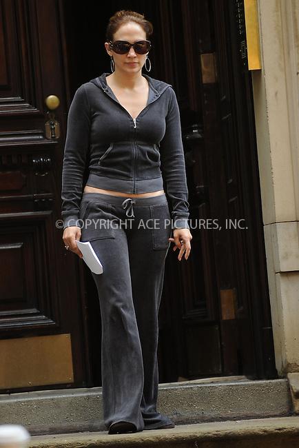 WWW.ACEPIXS.COM . . . . . ....July 20 2009, New York City....Actress Jennifer Lopez on the West Village set pf the new movie 'The Back-Up Plan' on July 20 2009 in New York City......Please byline: KRISTIN CALLAHAN - ACEPIXS.COM.. . . . . . ..Ace Pictures, Inc:  ..tel: (212) 243 8787 or (646) 769 0430..e-mail: info@acepixs.com..web: http://www.acepixs.com