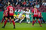 01.05.2019, RheinEnergie Stadion , Köln, GER, DFB Pokalfinale der Frauen, VfL Wolfsburg vs SC Freiburg, DFB REGULATIONS PROHIBIT ANY USE OF PHOTOGRAPHS AS IMAGE SEQUENCES AND/OR QUASI-VIDEO<br /> <br /> im Bild | picture shows:<br /> Pernille Harder (VfL Wolfsburg #22) mit der Flanke, <br /> <br /> Foto © nordphoto / Rauch