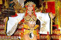 RIO DE JANEIRO, RJ, 20 DE FEVEREIRO 2012 - CARNAVAL 2012 - DESFILE PORTO DA PEDRA - Geise Arruda no desfile da escola de samba Porto da Pedra,  no primeiro dia de desfiles das Escolas de Samba do Grupo Especial do Rio de Janeiro, no sambódromo da Marques de Sapucaí, no centro da cidade, neste domingo.  (FOTO: GLAICON EMRICH - BRAZIL PHOTO PRESS).