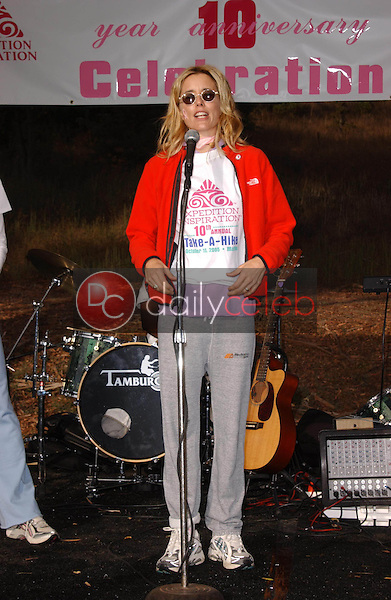 Tea Leoni<br /> at the 10th Annual Expedition Inspiration's Take A Hike Fundraiser, Paramount Ranch, Agoura, CA 10-15-05<br /> David Edwards/DailyCeleb.Com 818-249-4998