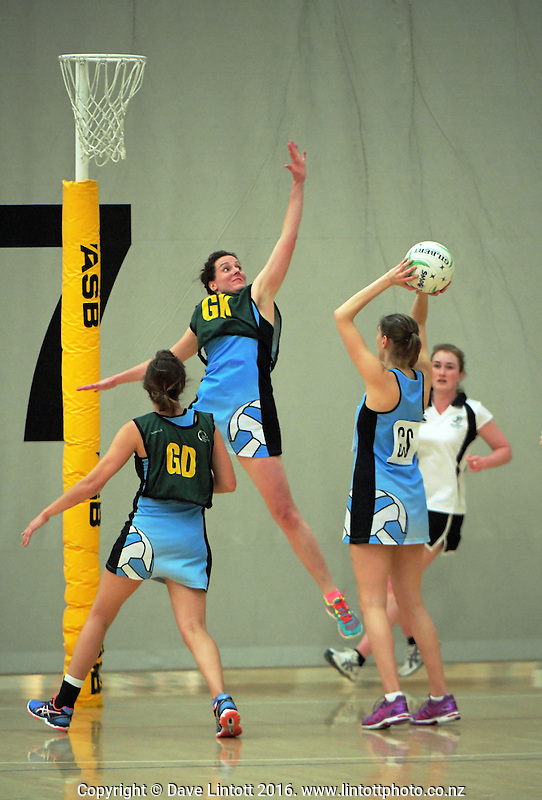 Action from the Wellington premiership netball match between SMOG 3 and SMOG 4 at ASB Sports Centre, Wellington, New Zealand on Wednesday, 13 August 2016. Photo: Dave Lintott / lintottphoto.co.nz