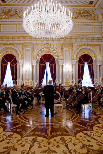 Kiev, Ukraine.August 24, 2005 ..An orchestra in the Mariinkiy Palace on Independence Day in Kiev, await the arrival of Ukraine President Victor Yushchinko, Prime Minister Yulia Tymoshenko and  Volodymyr Lytvyn, speaker of the Ukrainian Parliament...
