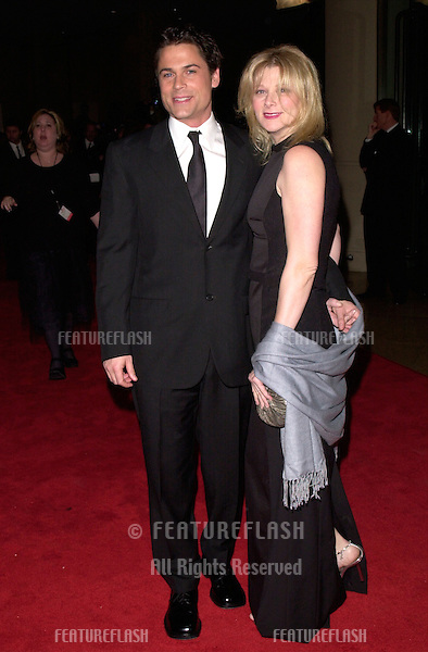 17FEB2000:  Actor ROB LOWE & wife SHERYL at American Film Institute Life Achievement Award Salute to Harrison Ford..© Paul Smith / Featureflash