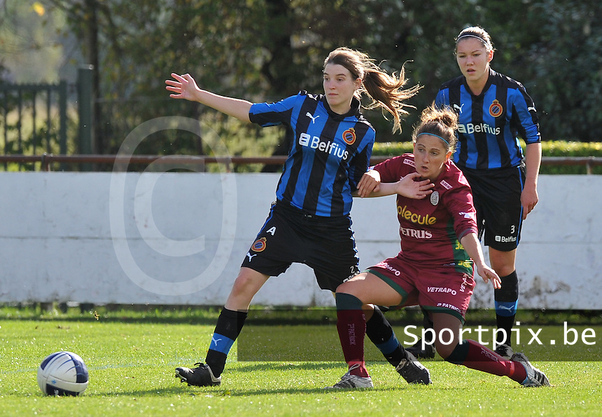 Club Brugge Dames - Dames Zulte Waregem : Stefanie Ninclaus voor Kelly Decubber.foto DAVID CATRY / Vrouwenteam.be