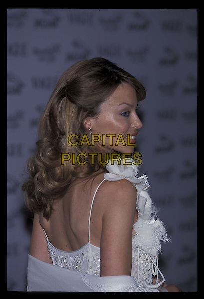 KYLIE MINOGUE.20010611.Ref:10899.profile, headshot, portrait.*RAW SCAN- photo will be adjusted for publication*.www.capitalpictures.com.sales@capitalpictures.com.©Capital Pictures