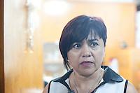Querétaro, Qro. 02 de marzo de 2014.- A través de un video en la red social de facebook, Laura Leyva, dirigente del STEUAQ (Sindicato de Trabajadores y Empleados de la Universidad Autónoma de Querétaro), da a conocer que no ha sido notificada por escrito de su presunta rescición de contrato, por lo tanto continúa frente a la dirigencia del STEUAQ. Manifestando que quien decide si continúa o no como lider del sindicato es la Asamblea. <br /> <br /> <br /> Foto: Demian Chávez / Archivo / Obture Press Agency.