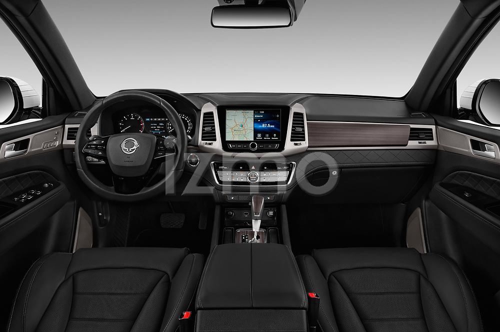 Stock photo of straight dashboard view of a 2018 Ssangyong Rexton Sapphire 5 Door SUV