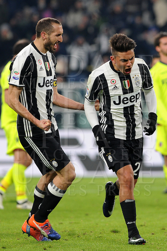 Calcio, Serie A: Juventus vs Bologna. Torino, Juventus Stadium, 8 gennaio 2017.<br /> Juventus' Paulo Dybala, right, celebrates with teammate Giorgio Chiellini after scoring on a penalty kick during the Italian Serie A football match between Juventus and Bologna at Turin's Juventus Stadium, 8 January 2017. Juventus won 3-0.<br /> UPDATE IMAGES PRESS/Manuela Viganti