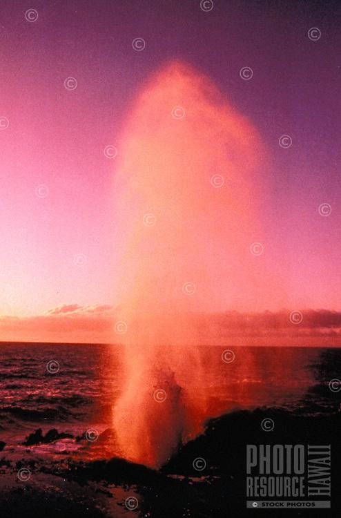 Halona Blowhole at sunset, Windard Oahu