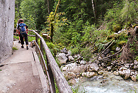 Wanderweg Naturlehrpfad Zauberwald an der Ramsauer Ache - Berchtesgaden 16.07.2019: Zauberwald und Hintersee in Ramsau