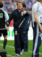 FUSSBALL   1. BUNDESLIGA   SAISON 2011/2012   33. SPIELTAG FC Schalke 04 - Hertha BSC Berlin                         28.04.2012 Trainer Otto Rehhagel (Berlin)