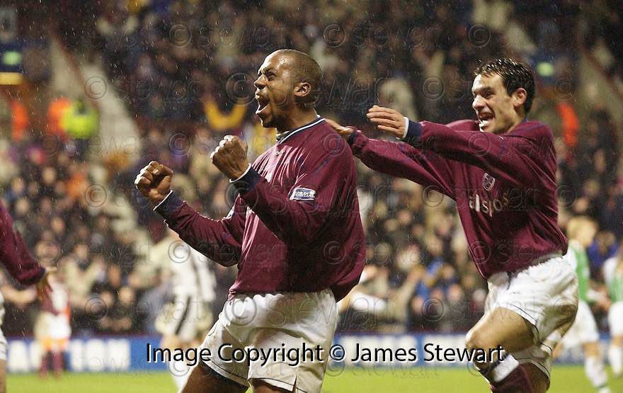 02/01/2003                   Copyright Pic : James Stewart.File Name : stewart-hearts v hibs 32.MARK DE VRIES CELEBRATES AFTER HE SCORES HEARTS SECOND GOAL...James Stewart Photo Agency, 19 Carronlea Drive, Falkirk. FK2 8DN      Vat Reg No. 607 6932 25.Office     : +44 (0)1324 570906     .Mobile  : +44 (0)7721 416997.Fax         :  +44 (0)1324 570906.E-mail  :  jim@jspa.co.uk.If you require further information then contact Jim Stewart on any of the numbers above.........