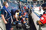 Stockholm 2015-09-04 Ishockey CHL Djurg&aring;rdens IF - EV Zug :  <br /> Djurg&aring;rdens Matt Anderson har ont i avbytarb&aring;set efter att skadat sig under matchen mellan Djurg&aring;rdens IF och EV Zug <br /> (Foto: Kenta J&ouml;nsson) Nyckelord:  Ishockey Hockey CHL Hovet Johanneshovs Isstadion Djurg&aring;rden DIF Zug skada skadan ont sm&auml;rta injury pain