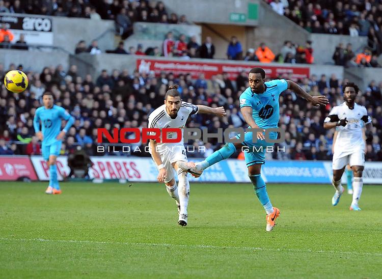 Tottenham Hotspur's Danny Rose fires over -   19/01/2014 - SPORT - FOOTBALL - Liberty Stadium - Swansea - Swansea City v Tottenham Hotspur - Barclays Premier League<br /> Foto nph / Meredith<br /> <br /> ***** OUT OF UK *****