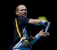 Nicolay Davydenko (RUS) (6) against Roger Federer (SUI) (1) in the Semi-Finals of the Barclays ATP World Tour Finals. Davydenko beat Federer 6-2 4-6 7-5..International Tennis - Barclays ATP World Tour Finals - O2 Arena - London - Day 7 - Sat 28 Nov 2009..© Frey  - AMN IMAGES, 1st Floor, Barry House, 20-22 Worple Road, London, SW19 4DH. Tel +44 20 8947 0100