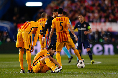 13.04.2016. Madrid, Spain.  Luis Alberto Suarez Diaz (9) FC Barcelona dumped on the pitch. UCL Champions League between Atletico de Madrid and FC Barcelona at the Vicente Calderon stadium in Madrid, Spain, April 13, 2016 .