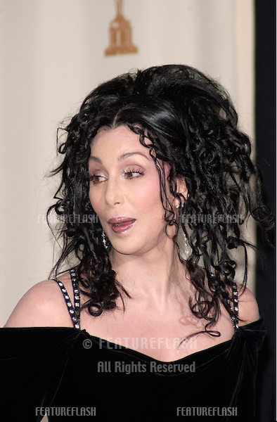 26MAR2000:  Actress/singer CHER at the 72nd Academy Awards..© Paul Smith / Featureflash