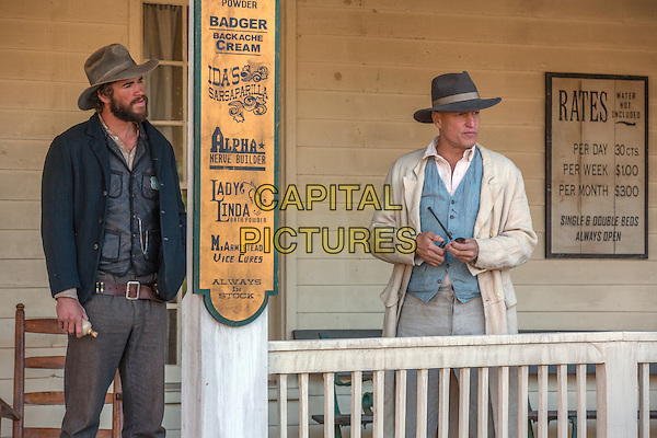 The Duel (2016)<br /> Liam Hemsworth &amp; Woody Harrelson <br /> *Filmstill - Editorial Use Only*<br /> CAP/KFS<br /> Image supplied by Capital Pictures