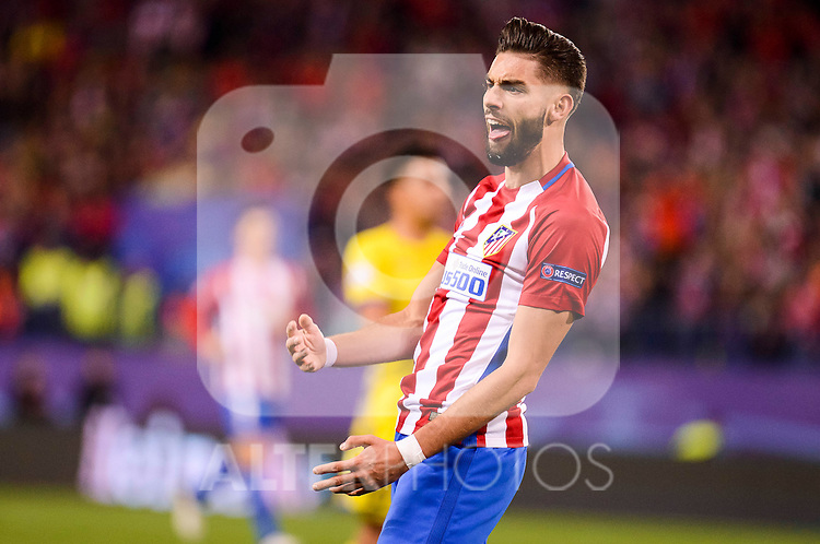 Atletico de Madrid's player Yannick Carrasco during a match of UEFA Champions League at Vicente Calderon Stadium in Madrid. November 01, Spain. 2016. (ALTERPHOTOS/BorjaB.Hojas)