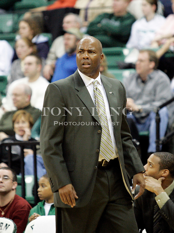 First year EMU head coach Charles Ramsey during California's match vs Eastern Michigan on Friday, Nov. 18, 2005 in Ypsilanti, Mich. (AP Photo/Tony Ding)k