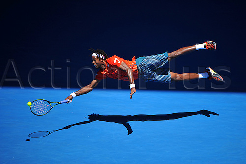 25.01.2016. Melbourne Park, Melbourne, Australia. Australian Open Tennis Championships. Start of week 2 of tournament.  Gael Monfils (FRA) dives to save the shot as he beats A Kuznetsov (RUS)  in 4 sets to advance