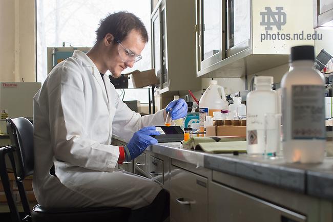 Feb. 4, 2015; Undergraduate researcher in the Rad Lab. (Photo by Matt Cashore/University of Notre Dame)