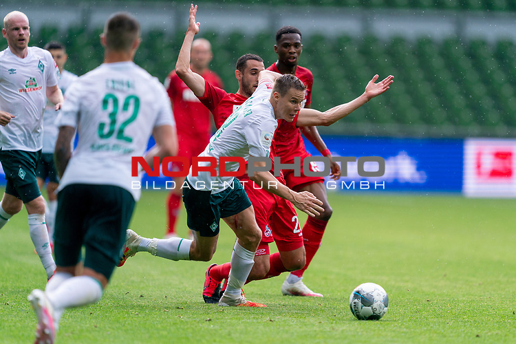 Niklas Moisander (Werder Bremen #18 Kapitaen), Dominick Drexler (FC Koeln #24)<br /> <br /> <br /> Sport: nphgm001: Fussball: 1. Bundesliga: Saison 19/20: 34. Spieltag: SV Werder Bremen vs 1.FC Koeln  27.06.2020<br /> <br /> Foto: gumzmedia/nordphoto/POOL <br /> <br /> DFL regulations prohibit any use of photographs as image sequences and/or quasi-video.<br /> EDITORIAL USE ONLY<br /> National and international News-Agencies OUT.