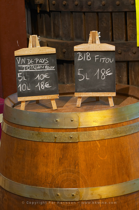 BiB Vin de Pays Torgan Rouge Red 5 litres 10 euro, 10 litres 18 euro, Fitou 5 litres 18 euro. Advertising bag in box wine. Domaine Bertrand-Berge In Paziols. Fitou. Languedoc. The wine shop and tasting room. France. Europe.