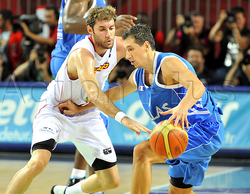 Sep 04, 2010; Istanbul, TURKEY; Defending champions Spain broke open a close game in the fourth quarter and continued their mastery over Greece by winning their Eight-Final showdown at the FIBA World Championship on Saturday. Rudy FERNANDEZ (L) of Spain and Dimitris DIAMANTIDIS (R) of Greece.