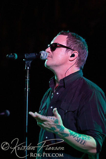 Candlebox performance in Fitchburg, MA on August 5, 2011