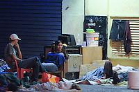 SÃO PAULO, SP,06 FEVEREIRO 2012-Sem Tetos do predio que foi feita a reintegracao na Quinta-Feira (2) continua morando na Av Sao Joao com Rua Dom Jose de Barros. no centro de Sao Paulo (FOTO: ADRIANO LIMA - NEWS FREE).