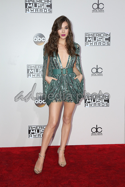 20 November 2016 - Los Angeles, California -Hailee Steinfeld. 2016 American Music Awards held at Microsoft Theater. Photo Credit: PMA/AdMedia