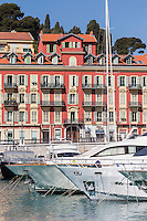 Europe/France/Provence-Alpes-Côte d'Azur/Alpes-Maritimes/ Nice: Le Port Lympia ou port de Nice, les yachts  //   // Europe, France, Provence-Alpes-Côte d'Azur, Alpes-Maritimes, Nice:  Lympia port or port of Nice, yacht