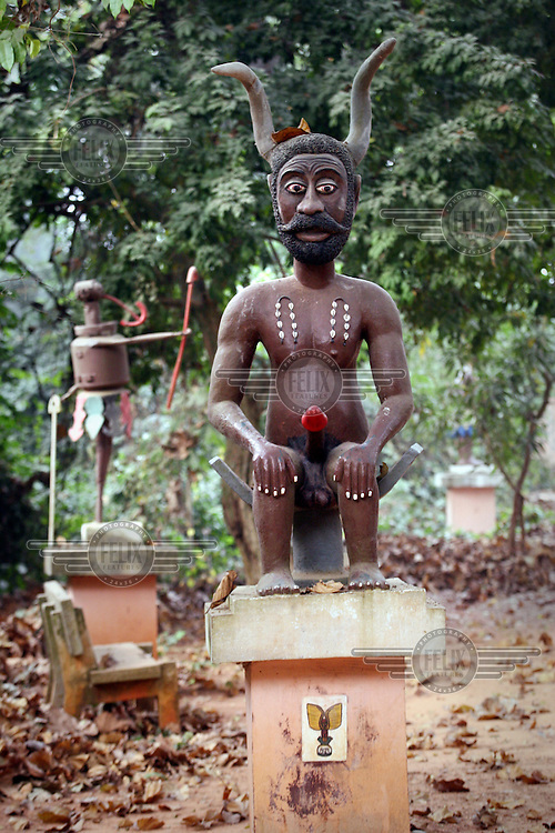 Statue which symbolizes voodoo gods inside the Kpasse sacred