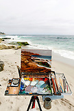 USA, California, San Diego, Paul Gerand paints at Wind and Sea Beach in La Jolla