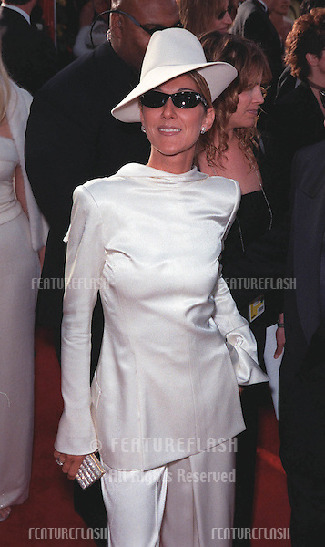 "21Mar99""  Singer CELINE DION at the 71st Academy Awards..© Paul Smith / Featureflash"