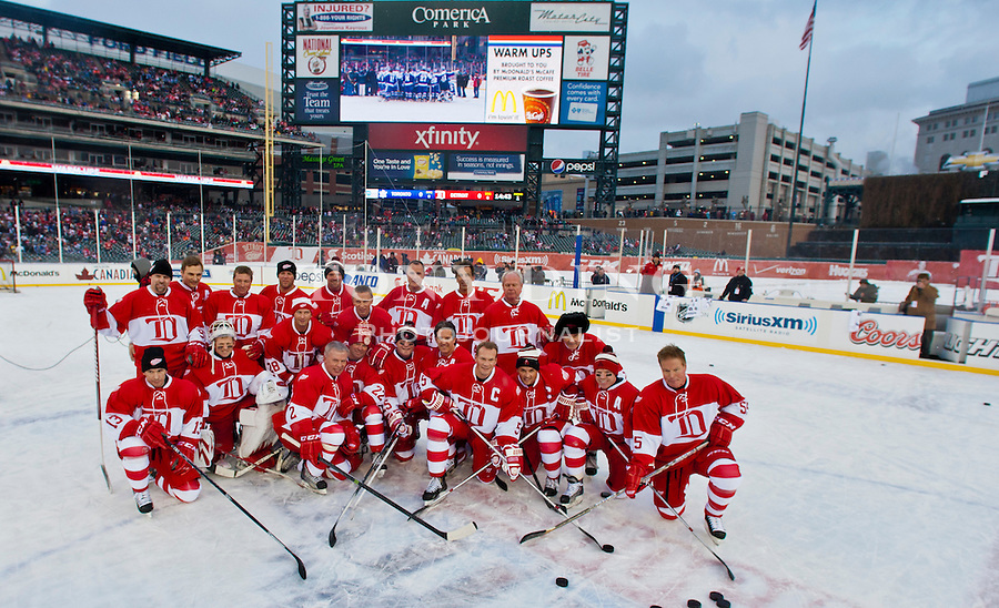 31 December 2013: Former Detroit Red Wings players pose for a team photo before the Toronto Maple Leafs v Detroit Red Wings Alumni Showdown hockey game, at Comerica Park, in Detroit, MI.