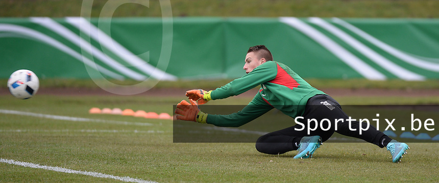 20160324 - Buderich , GERMANY : Bulgarian Dimitar Sheytanov pictured during the soccer match between the under 17 teams of The Netherlands and Bulgaria , on the first matchday in group 4 of the UEFA Under17 Elite rounds in Buderich , Germany. Thursday 24th March 2016 . PHOTO DAVID CATRY