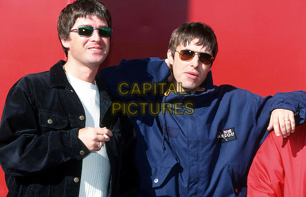 OASIS - NOEL GALLAGHER, LIAM GALLAGHER.Ref: 7183.www.capitalpictures.com.sales@capitalpictures.com.©Capital Pictures..half length, half-length