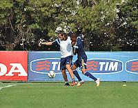 SÃO PAULO.SP.23.10.2014 -  PALMEIRAS TREINO - Valdivia meia do Palmeiras disputa a bola durante o treino na Academia de Futebol zona Oeste nesta quinta-feira 23. ( Foto: Bruno Ulivieri / Brazil Photo Press )