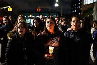 NOVA YORK, EUA, 29.10.2018 - HOMENAGEM-EUA - Os Conselhos Estudantis de Beren e Wilf, de Nova York, organizam uma vigília na noite deste domingo, 29, para homenagear aqueles assassinados brutalmente em Pittsburgh, Pensilvânia onde 11 judeus foram assassinados em uma sinagoga. (Foto: William Volcov/Brazil Photo Press)